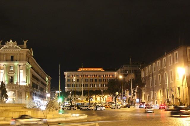2 ローマ 夜景